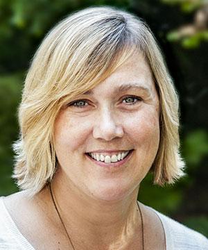 Headshot of Heather McPhillips
